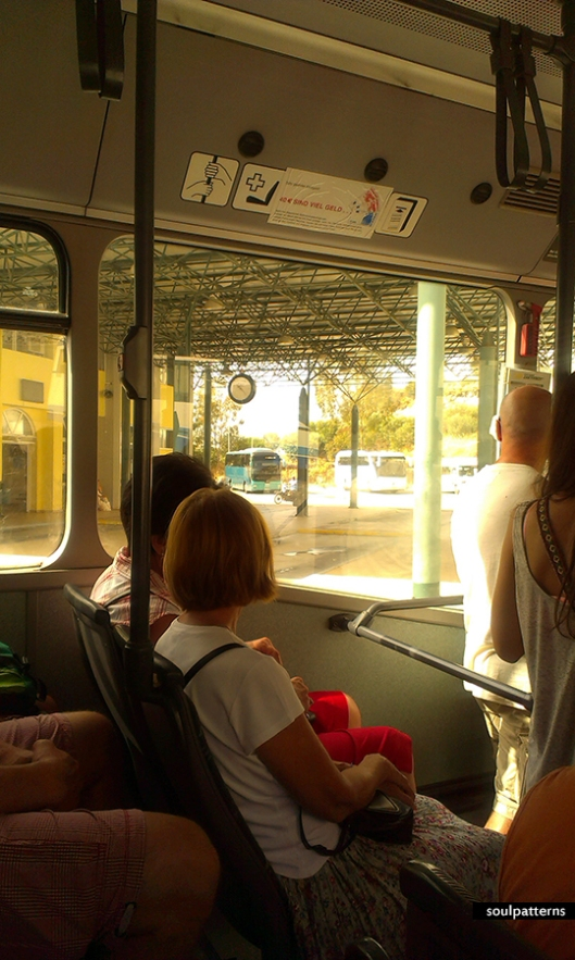 zante_bus2